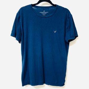 American Eagle blue t-shirt size large